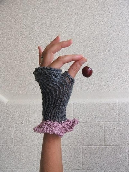Pink cashmere frill on grey romantic gloves Last Pair in this shade