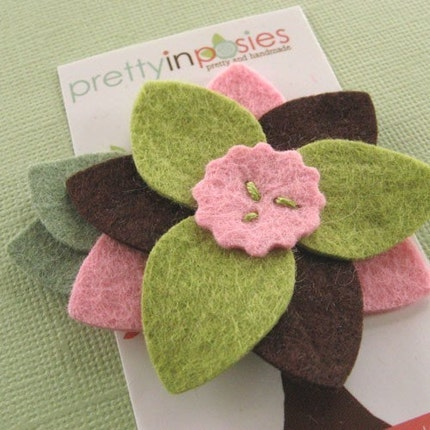 Tri Petal Big Bloom - Felt Flower Hair Clip - Sweet Pea Pink