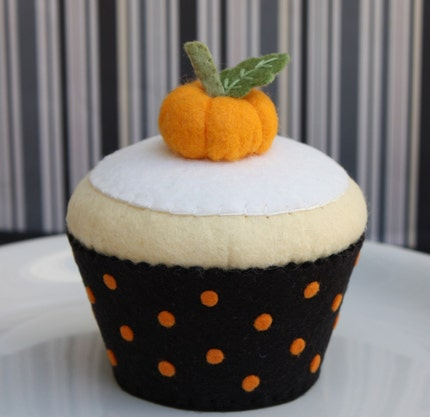 Felt Halloween Harvest Vanilla Cupcake and Pumpkin 2010