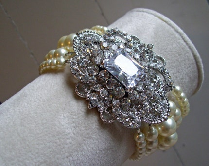 Victorian Brooch and Swarovski Pearl Bracelet