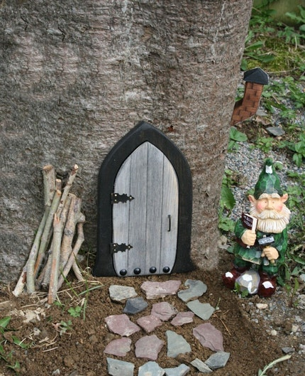 A Gnome door / Fairy door that OPENS. 9.5 inch.