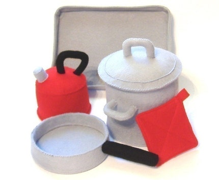 Kitchen Cookin' Pot, Pan, Lid, Tea Kettle, Cookie Sheet and Pot Holder Felt Food PDF Pattern