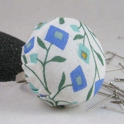 EMERY Pincushion Ring - Mod Square Flowers in Blues