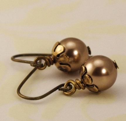 Pearl Earrings - Antique Gold and Golden Bronze - Great Gift