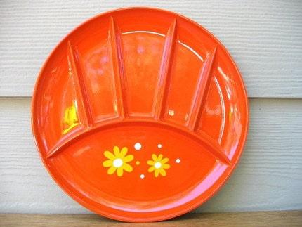 four daisy laquerware sushi plates