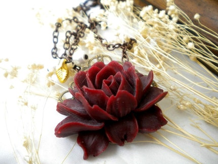 ROMANTIC Dark Red  Big Rose Cabochon Necklace by kirevi8 on Etsy