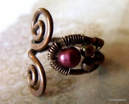 ON SALE Burgundy Pearl in Copper Swirl Ring