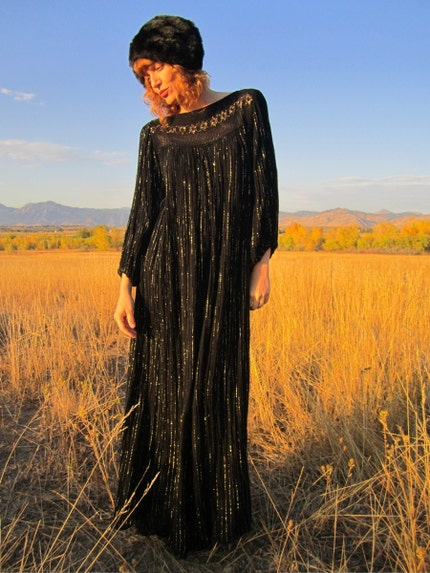 GOLD DUST WOMAN  Black and Gold Metallic Maxi Tunic Dress