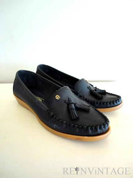 tassel loafers for women. NAVY AiGNER tassel loafers