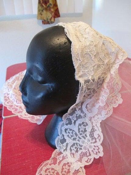 VIntage Lace Long Wedding Veil/Headpiece