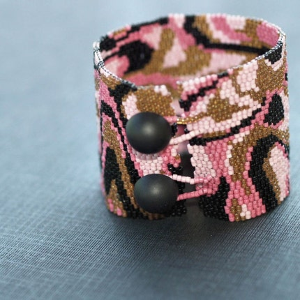 The Foxxy Cleopatra Cuff - Bold and Stylish Peyote Bracelet / Cuff (2802)