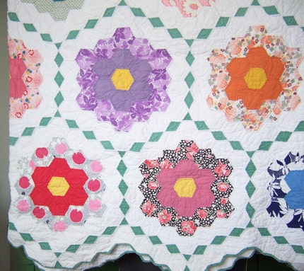 grandmother's flower garden vintage quilt