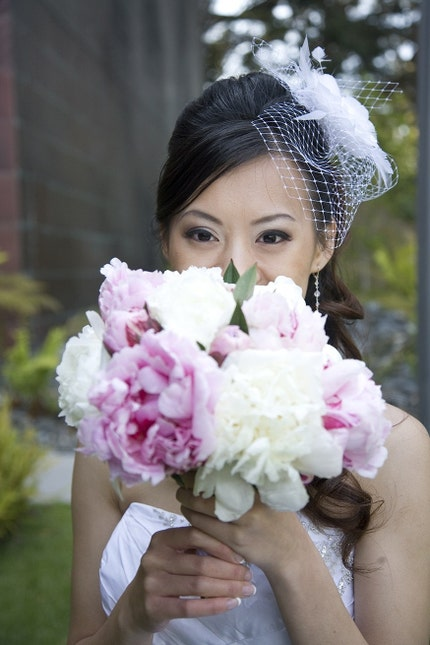 Birdcage veil with fascinator. - OneWed's Wedding Chat
