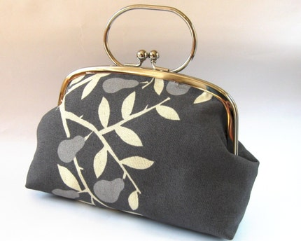 XL frame pouch with handle - pears on gray