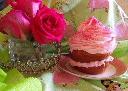 The Original Pink Cupcake Trifle (TM) 16 oz