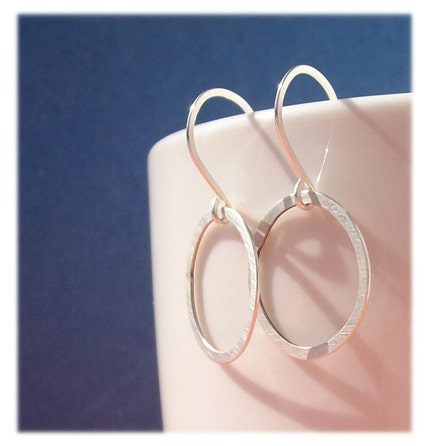 brushed, circle, earring, earrings, free shipping, hoop, jewelry, metal, metalwork, pawandclawdesigns, round, small, sterling silver, team wist