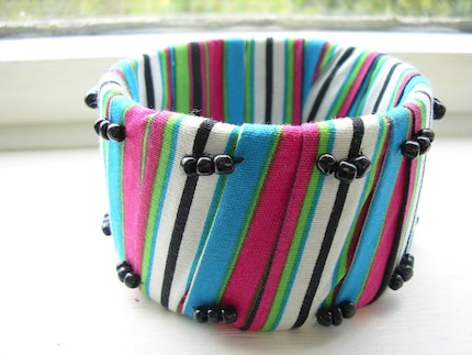 BANGLE WITH VENDA STRIPE FABRIC AND BEADS SOUTH-AFRICA