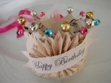 Le Petit Birthday Antique Ledger Crown