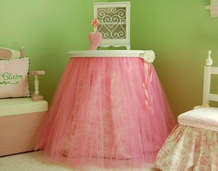 Ballerina table topper
