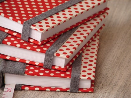 Dotty red day planner