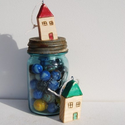 Red and Green House Pair Ornament Set