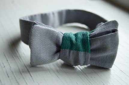 Creswell Rd Bowtie in Gray Grid