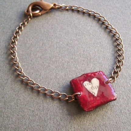 Bracelet with  tiny red square