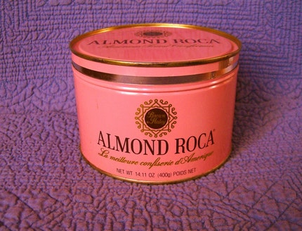 ALMOND ROCA VINTAGE KEY WIND TIN