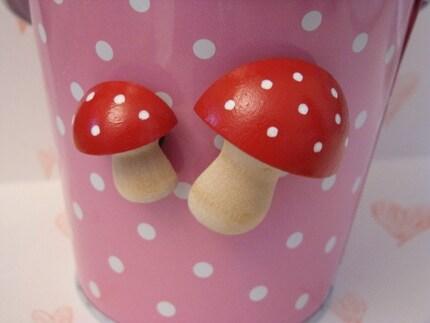 Mushroom Magnets