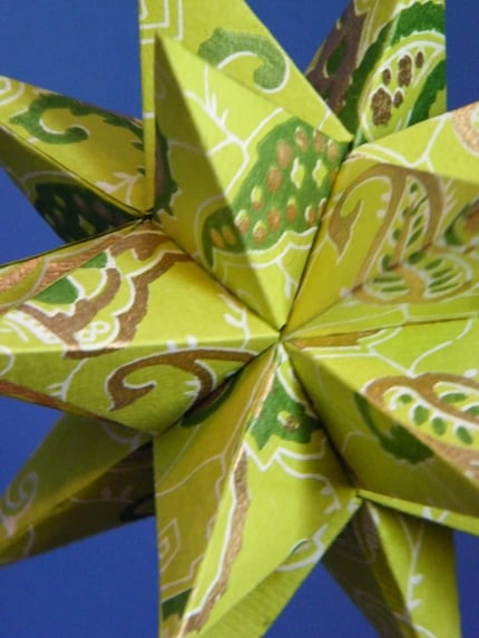 India green apple and gold paisley paper moravian star