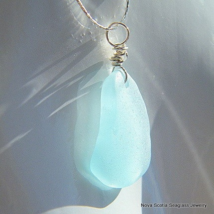 Electric blue - A Seaglass necklace from Nova Scotia