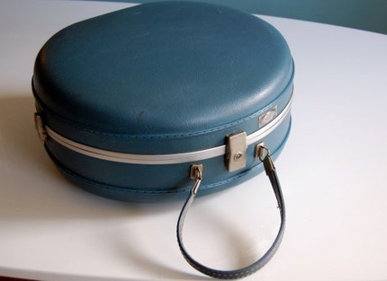 Vintage Million Miler Cornflower Blue Hat Box Train Case