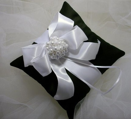 Black and white ring bearer's pillow