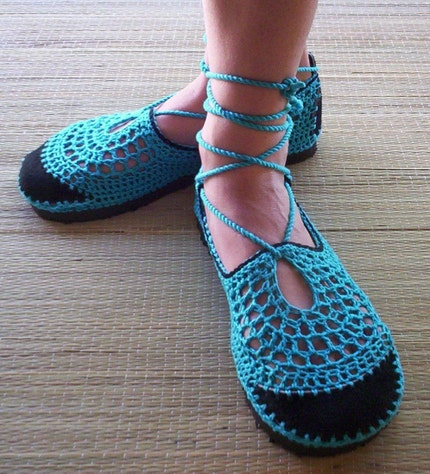 Etsy :: lepiedleger :: turquoise laced Guillerminas from etsy.com