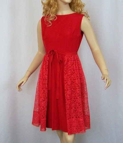 Apple Red Taffetta and Lace Prom Dress Size Small or Extra Small