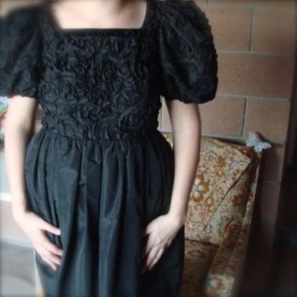 SALE Vintage -Pretty in Black- Party Dress M