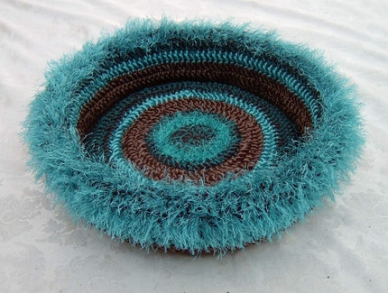 Free Crochet Pattern For A Cat Bed : BED CAT CROCHET KNIT PATTERN - Free Patterns