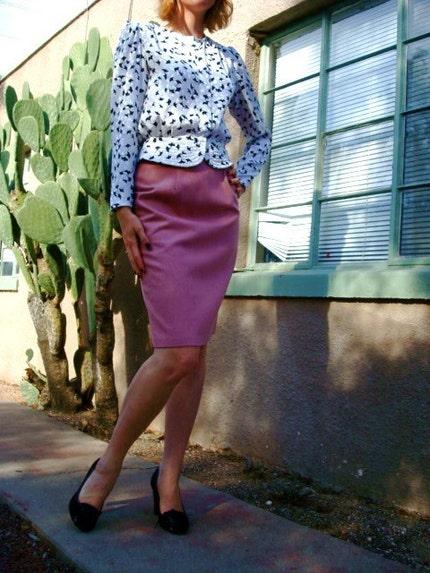 SALE Vintage Pinky Finger Pencil Skirt Size 10 M