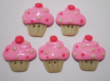 CUPCAKE handmade sculpey polymer clay deco buttons x 5 - for scrapbooking or card making