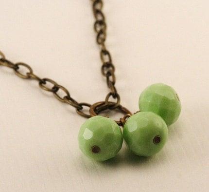 Honeydew Green Trio Necklace