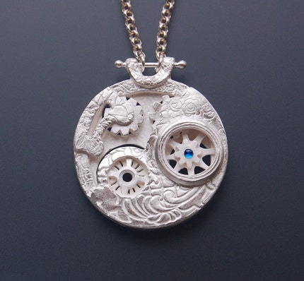 Silver Reversible Steampunk Time Machine Pendant