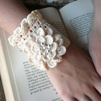 Romantic, Vintage Inspired Ivory Cuff