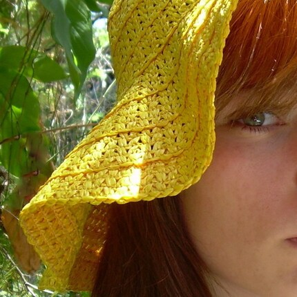 Vintage 1970s Sunflower Yellow Floppy Vinyl Straw Hat