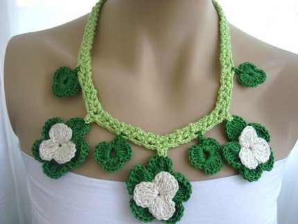 Handmade Crochet on Etsy - GREEN WHITE CROCHET COTTON NECKLACE - FREE SHIPPING by haticenevin from etsy.com
