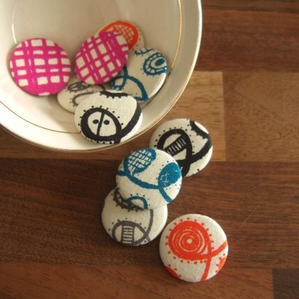 twist and weave - set of five 1 inch pinback buttons
