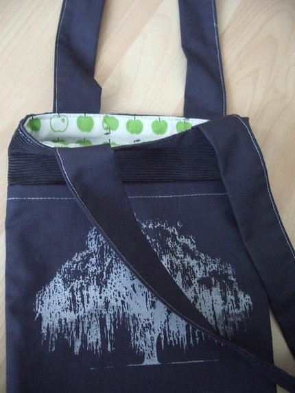 apple tree willow, small tote