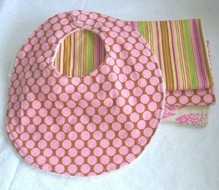 Boutique Burp Cloths and Bib - Gift Set - in Amy Butler pinks