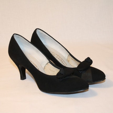 1950's Black Suede Ribbon Embellished Heels