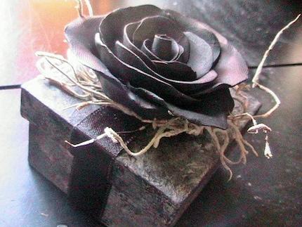 BEAUTIFUL Victorian Gothic Black Rose Keepsake gift box Handmade Ooak