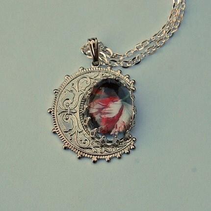 New Moon Crescent Moon Necklace - Twilight Saga